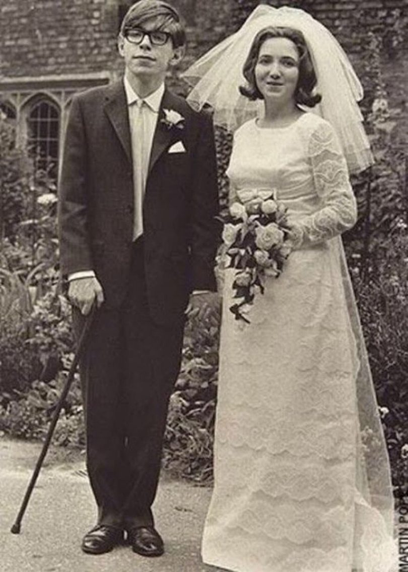 Stephen Hawking was #OldSchoolCool. He would pass away on #PiDay.